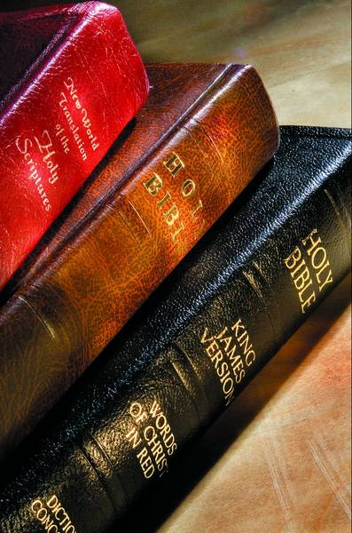 Gideons ask local students:'Would you like a free Bible