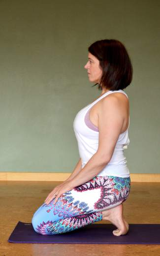 Toe pose yoga for trail and road runners.