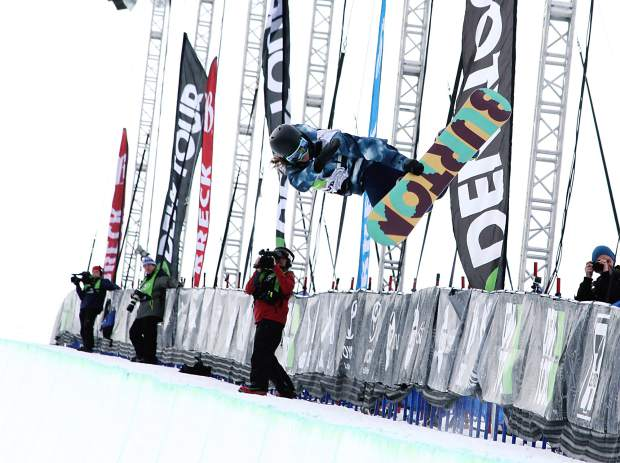 """Gus Kenworthy performs a true tail grab during competition at the USSA Grand Prix at Copper Mountain Resort. """"We'll award for really grabbing the true tail of the ski,"""" Steele said, pointing at this as a good example. """"But anything reaching back and grabbing the tail counts, again looking for them to hold it throughout the whole rotation."""""""