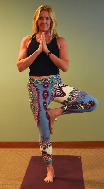 KneeHab: 7 yoga poses for ACL rehab and recovery