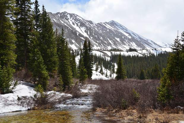 A late-spring view of Mount White (13,667 feet) south of the creek crossing found three miles from the Antero Trailhead leading to the summit of Mount Antero (14,269 feet).