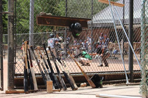 The Summit Extreme Black Diamonds won both games of Thursday's doubleheader against the Grand Junction Rocky Mountain Oysters 7-5 and 15-4, respectively.