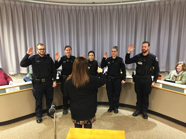 Silverthorne welcomes five new officers to police department